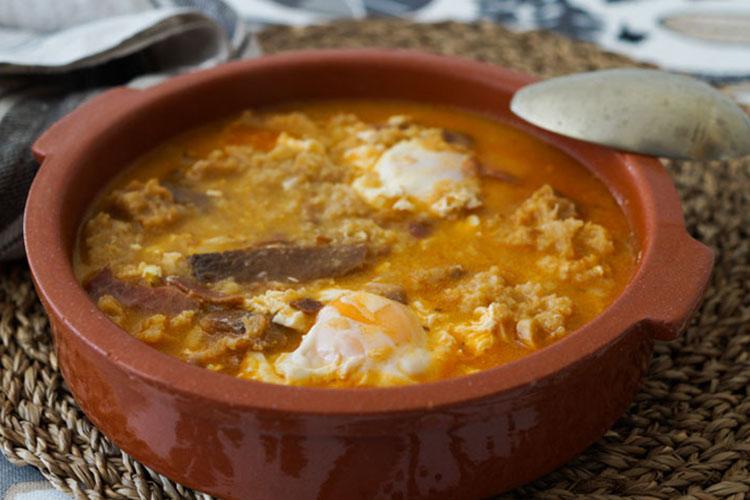 Sopa de ajo castigliana